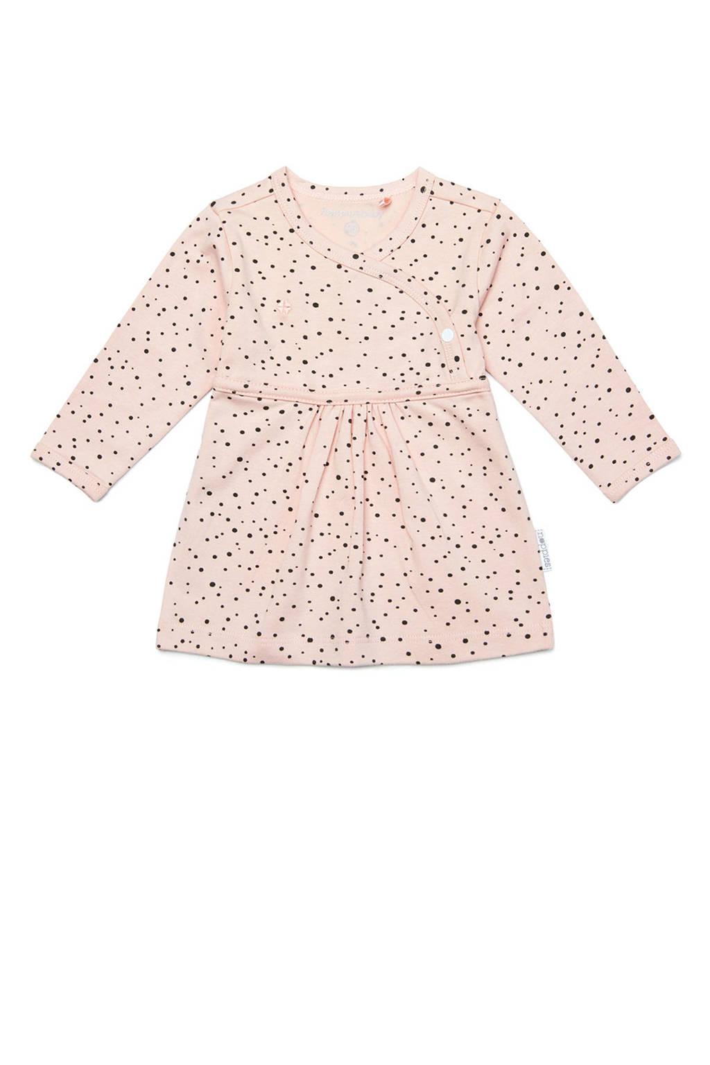 Noppies jersey jurk Liz met stippen en plooien lichtroze/zwart, Peach Skin-P214