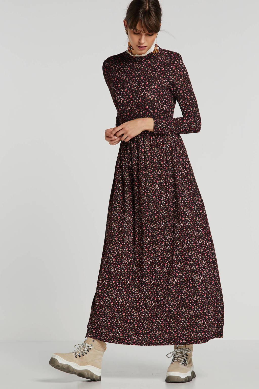 JACQUELINE DE YONG gebloemde jersey maxi jurk zwart/rood, Zwart/rood