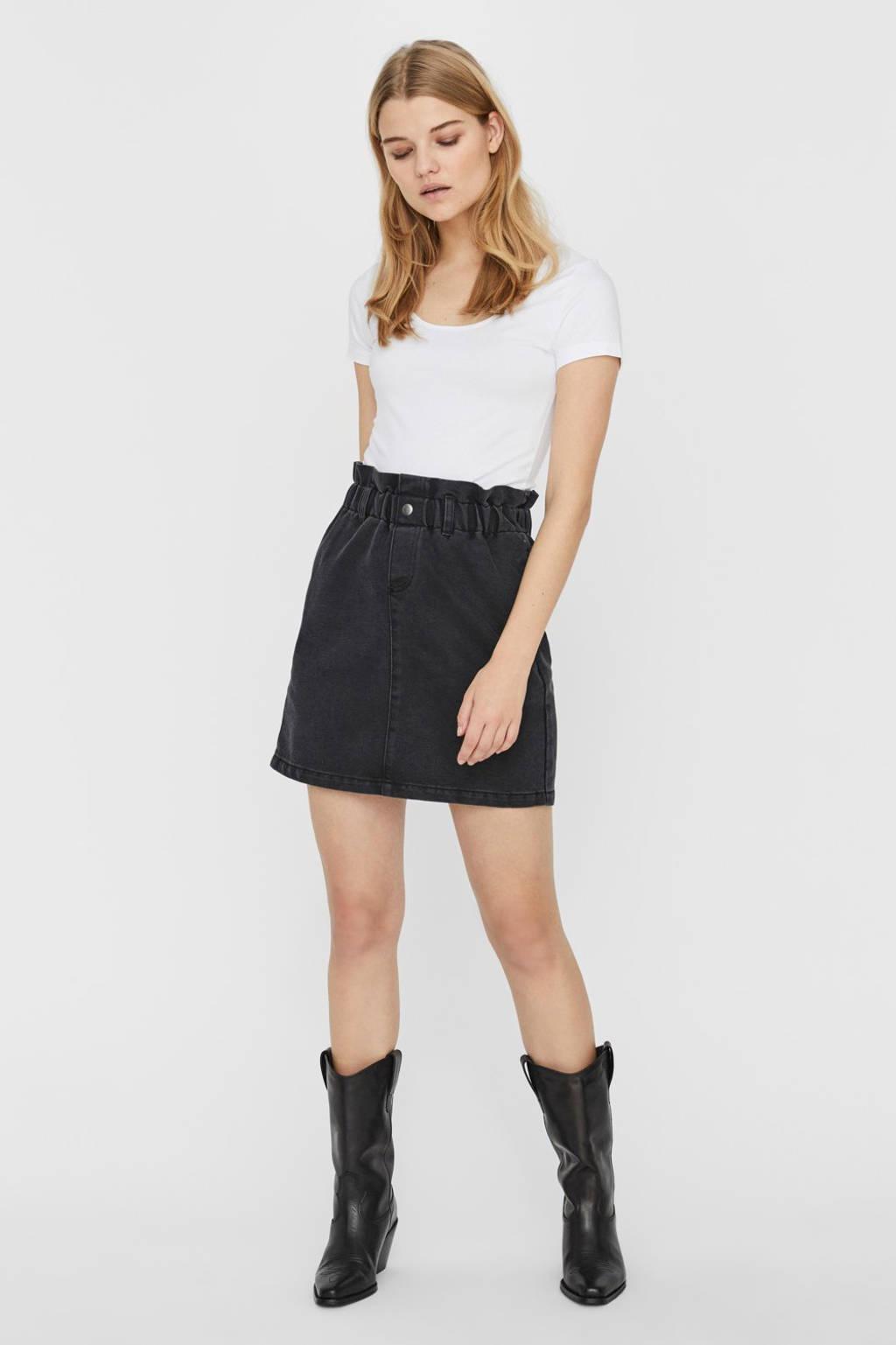 NOISY MAY rok zwart, Zwart