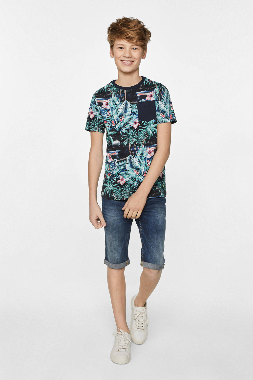 WE Fashion T-shirt met all over print donkerblauw/groen/roze
