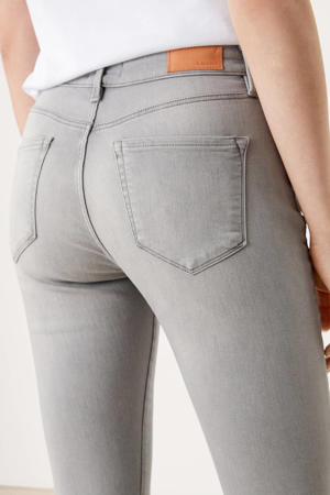 regular waist slim fit jeans grijs