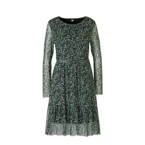 Catwalk Junkie gebloemde jersey jurk groen zwart, Deze damesjurk van Catwalk Junkie is gemaakt van een polyamidemix en heeft een bloemenprint. De jurk met lange mouwen heeft verder een ronde hals. De jurk is gevoerd.details van deze jurk:een ceintuurExtra gegevens:Merk: Catwalk JunkieKleur: GroenModel: Jurk (Dames)Voorraad: 9Verzendkosten: 0.00Plaatje: Fig1Maat/Maten: SLevertijd: direct leverbaarAanbiedingoude prijs: € 79.95
