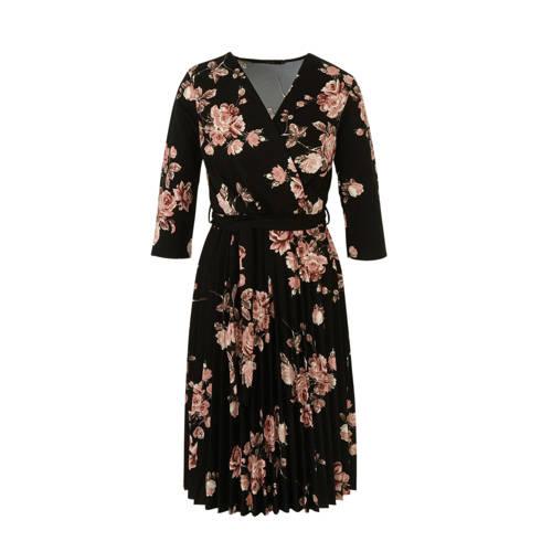 LOLALIZA gebloemde wikkeljurk zwart, Deze dames wikkeljurk van LOLALIZA is gemaakt van polyester en heeft een bloemenprint. Het model beschikt over een striksluiting. De jurk met 3/4 mouwen heeft verder een overslagkraag.Extra gegevens:Merk: LOLALIZAKleur: ZwartModel: Jurk (Dames)Voorraad: 2Verzendkosten: 0.00Plaatje: Fig1Maat/Maten: SLevertijd: direct leverbaar