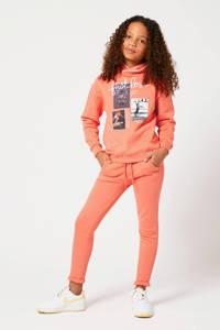 America Today Junior joggingbroek Charlie met tekst oranjezalm, Oranjezalm