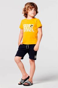 Noppies regular fit T-shirt Jensen met printopdruk okergeel/wit/lichtblauw, Okergeel/wit/lichtblauw