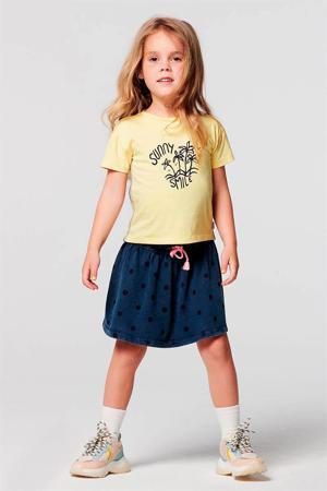 regular fit T-shirt Clark van biologisch katoen lichtgeel/donkerblauw