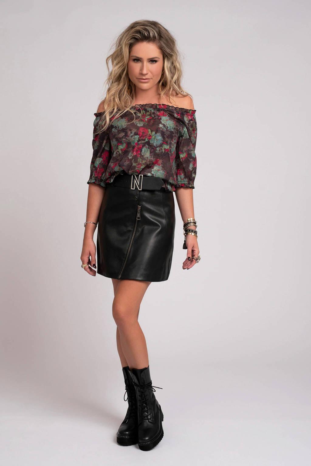 NIKKIE top Rosa met all over print zwart/multi, Zwart/multi