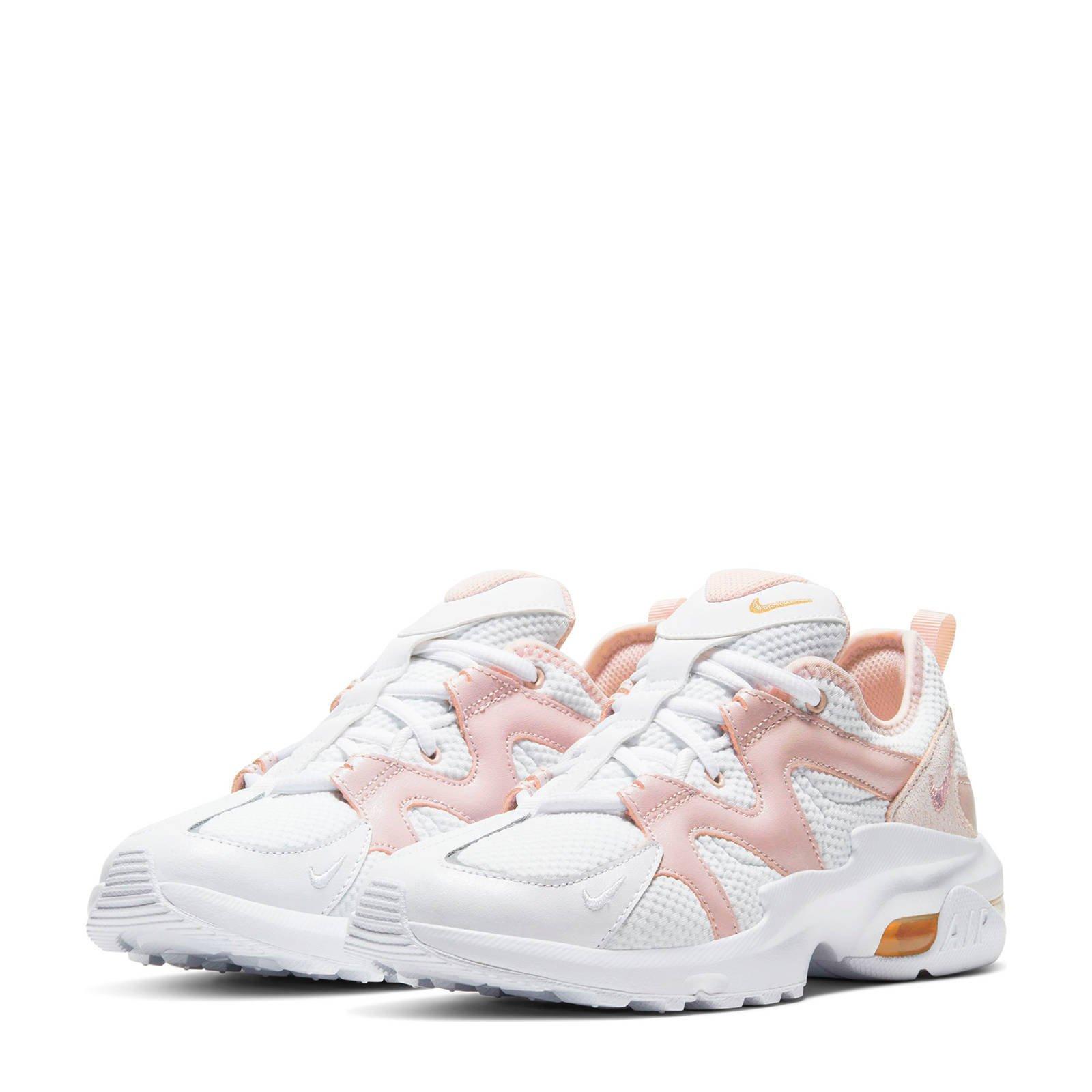Air Max Graviton sneakers witlimegroen in 2020 Nike air