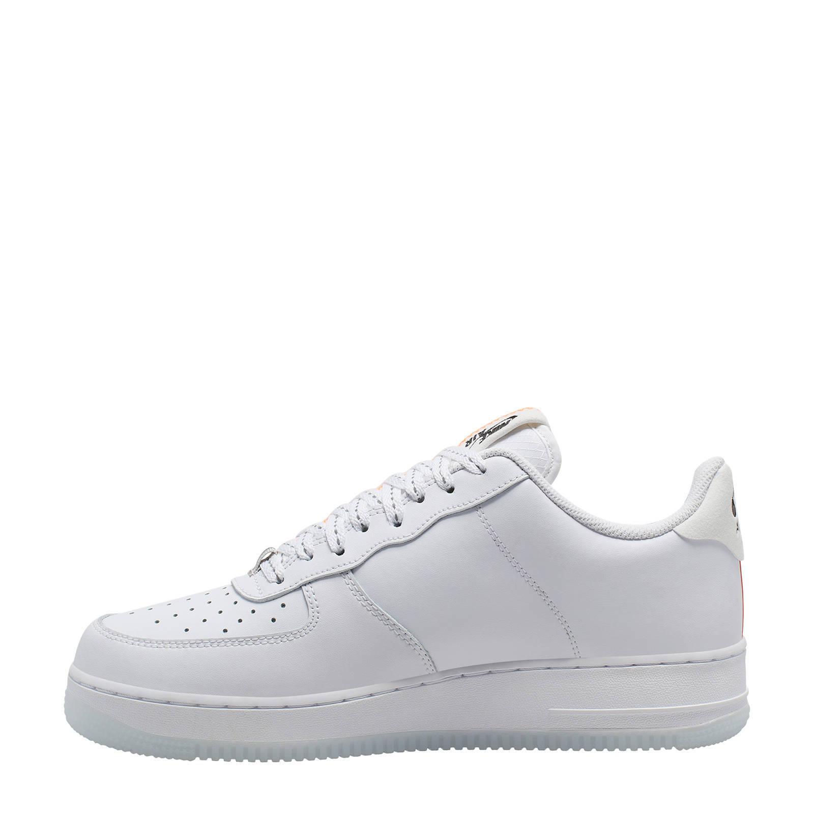 Air Force 1 '07 LV8 3 sneakers witoranje
