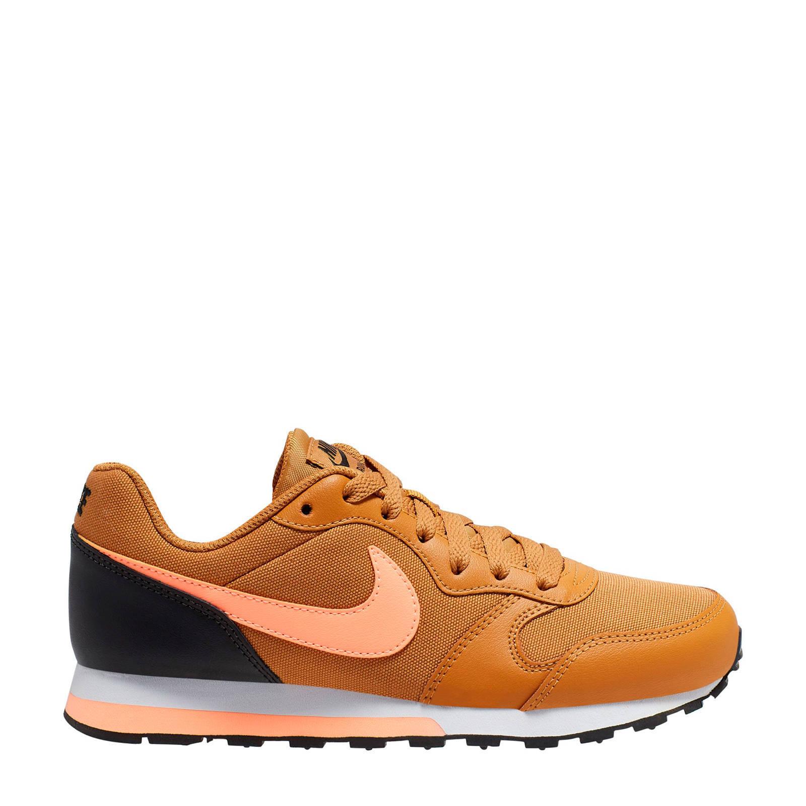Nike MD Runner 2 (GS) sneakers okergeel | wehkamp