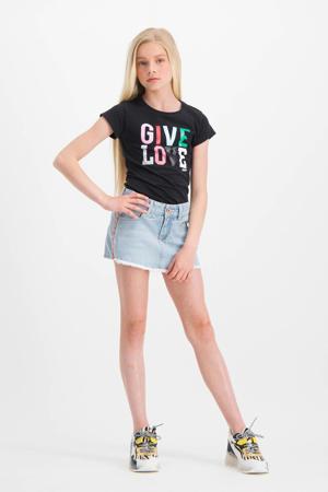 T-shirt Helsa met tekst zwart