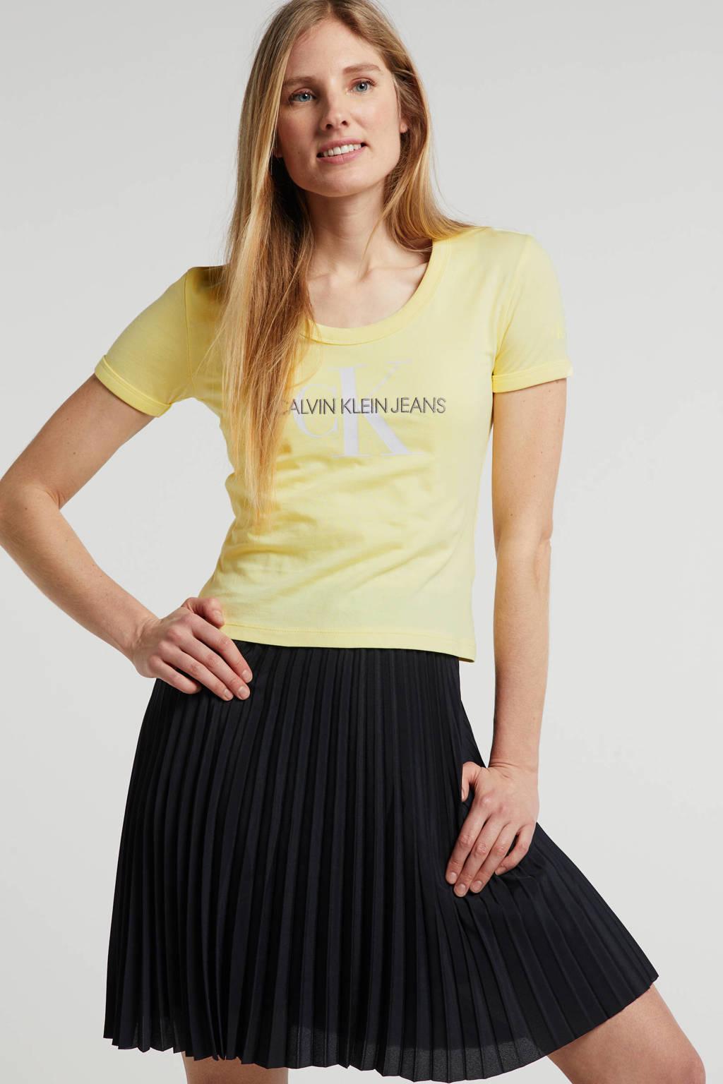 CALVIN KLEIN JEANS T-shirt met logo lichtgeel, Lichtgeel
