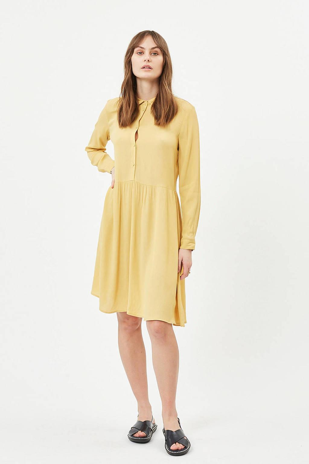 Minimum jurk Bindie geel, rattan