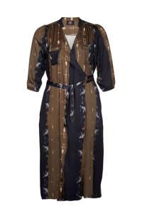 Zoey wikkeljurk Kimberly Dress met all over print en ceintuur bruin/zwart/wit