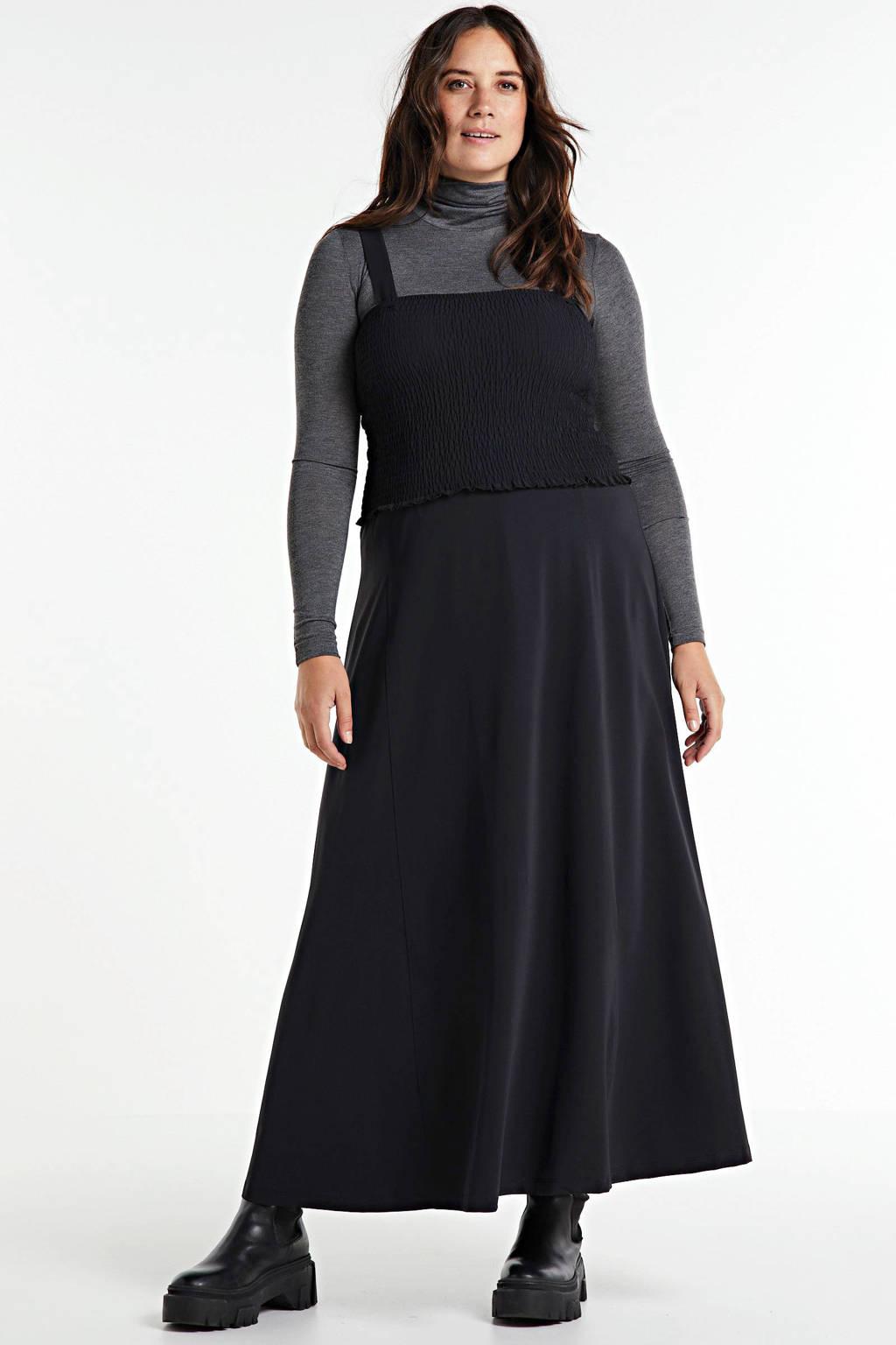 Plus Basics maxi jurk zwart, Zwart