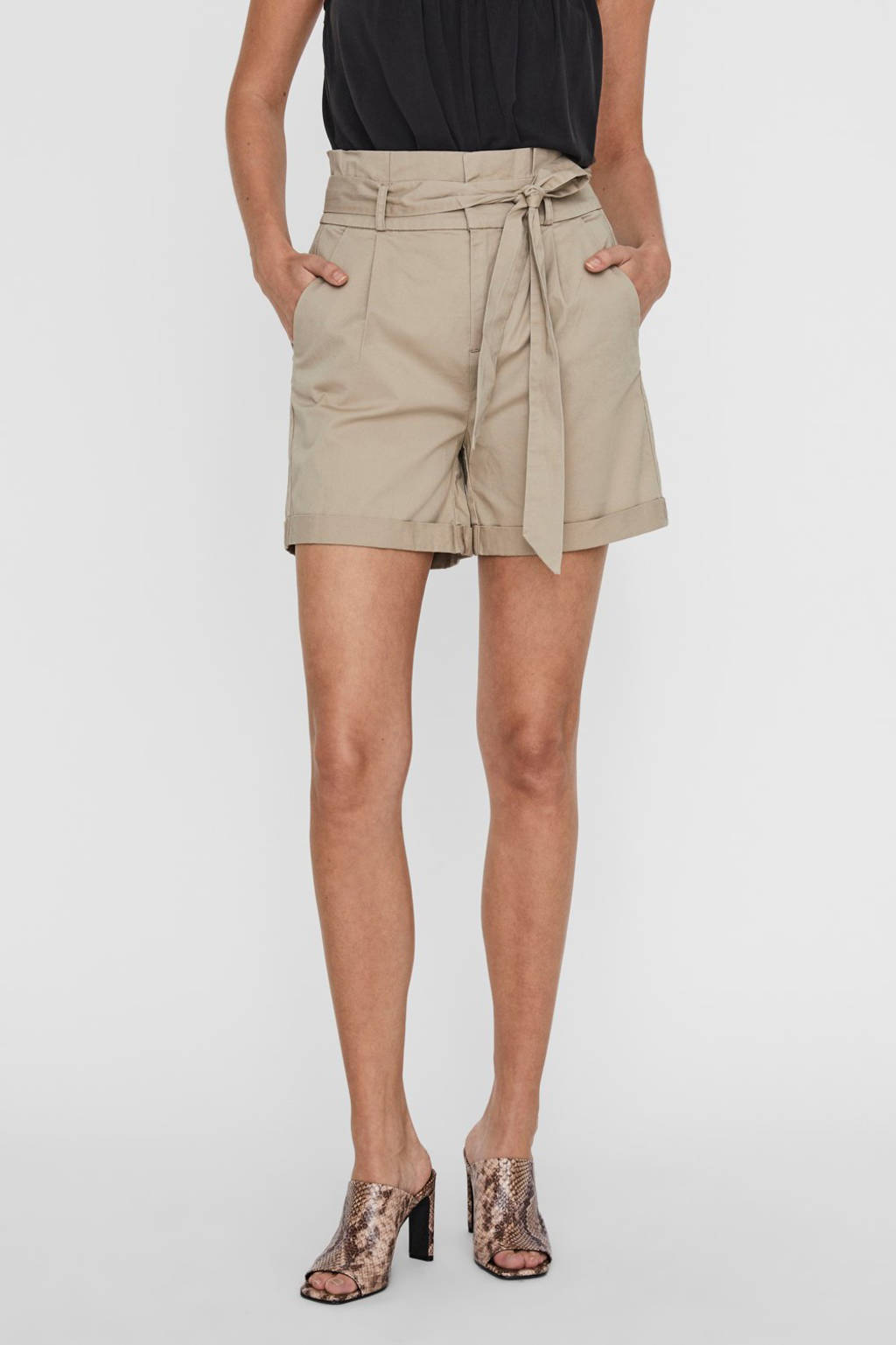 VERO MODA high waist loose fit short bruin, Bruin