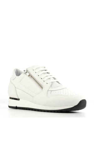 76748  leren sneakers wit