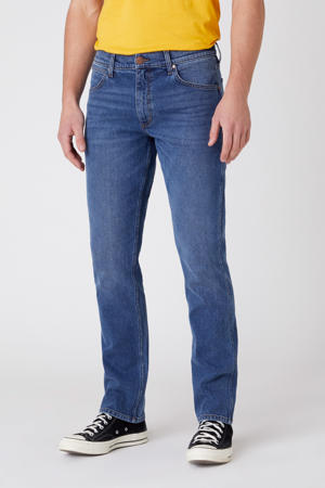 regular fit jeans Greensboro blue fest