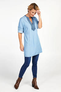 PROMISS jurk en borduursels blauw, Blauw