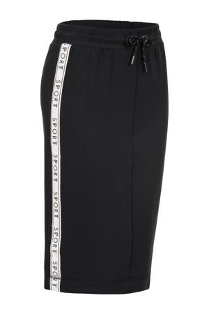 rok met contrastbies en contrastbies zwart