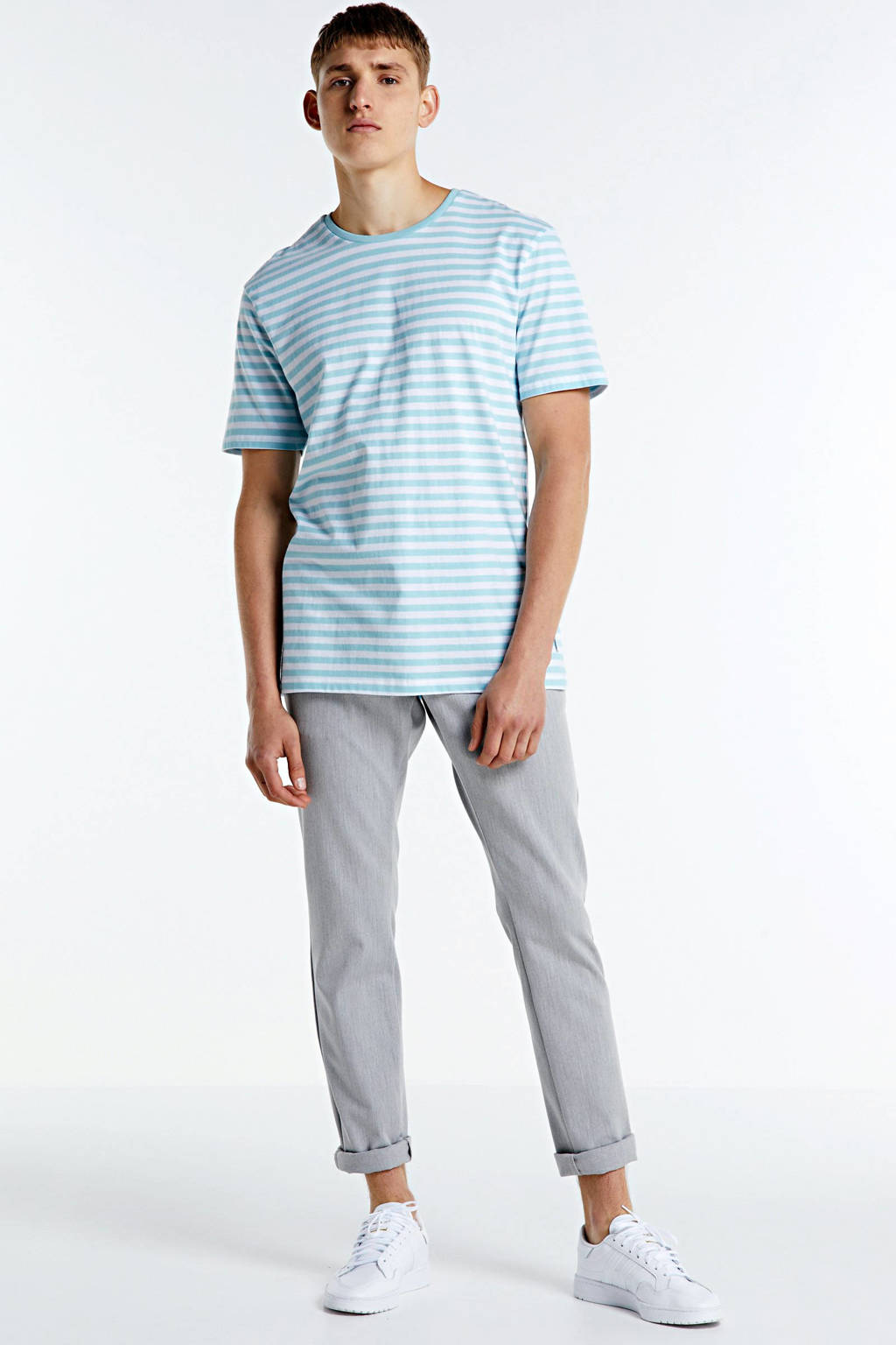 ONLY & SONS gestreept T-shirt Jamie van biologisch katoen lichtblauw/wit, Lichtblauw/wit