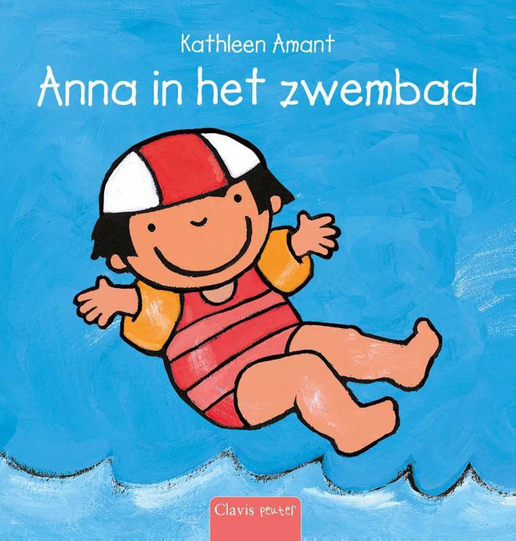 Anna in het zwembad - Kathleen Amant