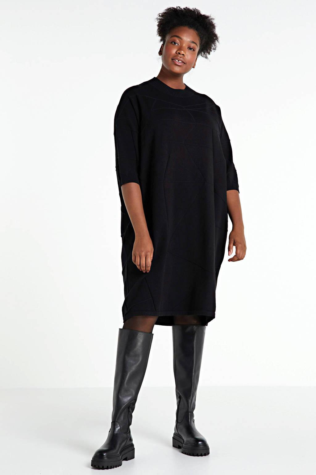 Adia jurk zwart, Zwart