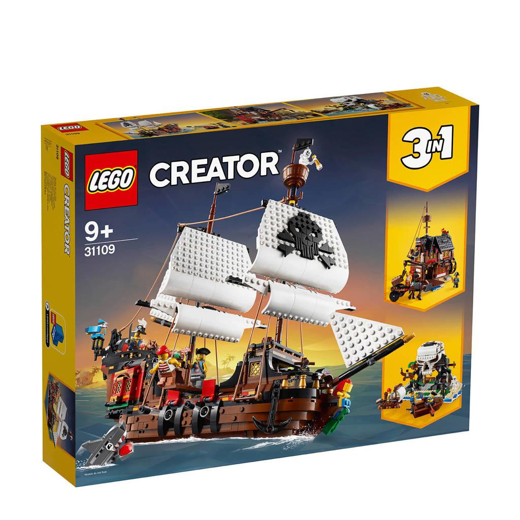 LEGO Creator Pirates' Inn 31109