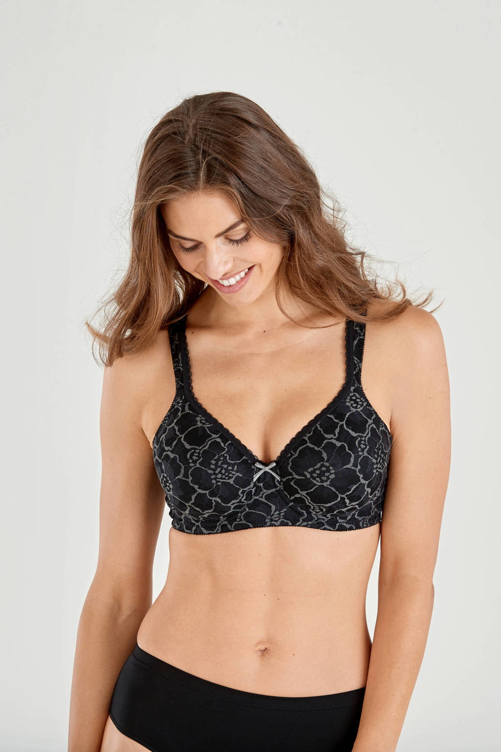 Swegmark voorgevormde beugelbh Lace Shape zwart, Zwart