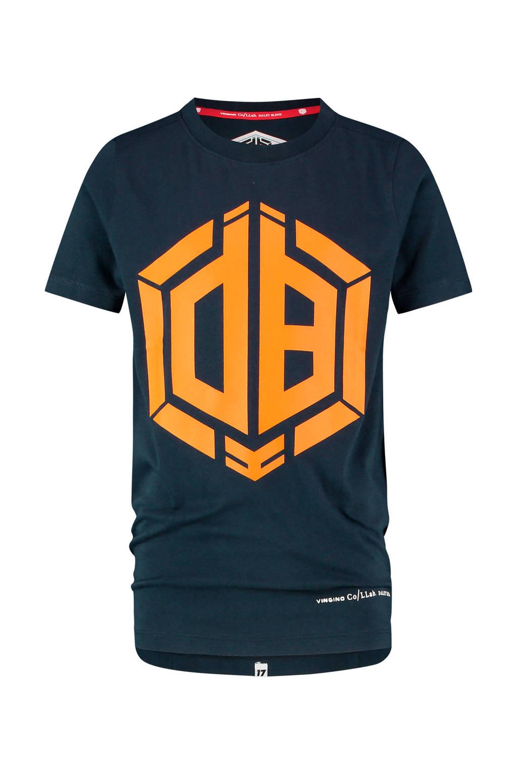Vingino Daley Blind T-shirt Hemaro met logo donkerblauw/oranje, Donkerblauw/oranje