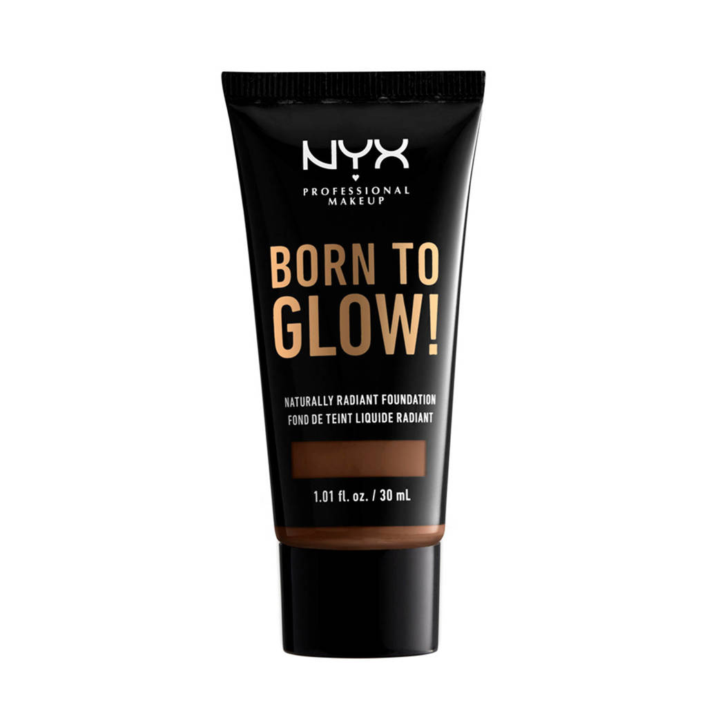 NYX Professional Makeup Born to Glow! Naturally Radiant foundation - Deep Rich BTGRF20