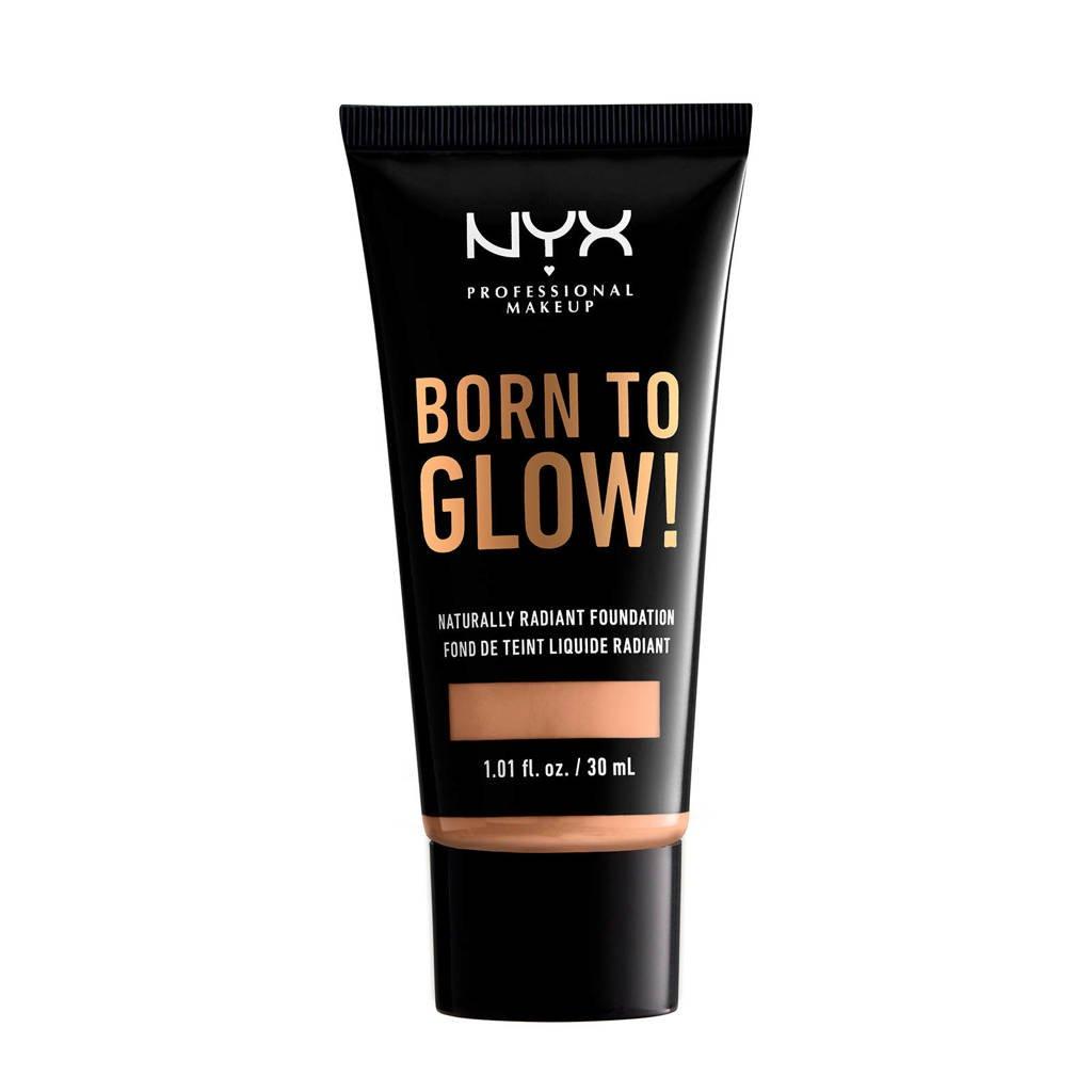 NYX Professional Makeup Born to Glow! Naturally Radiant foundation - Natural BTGRF07