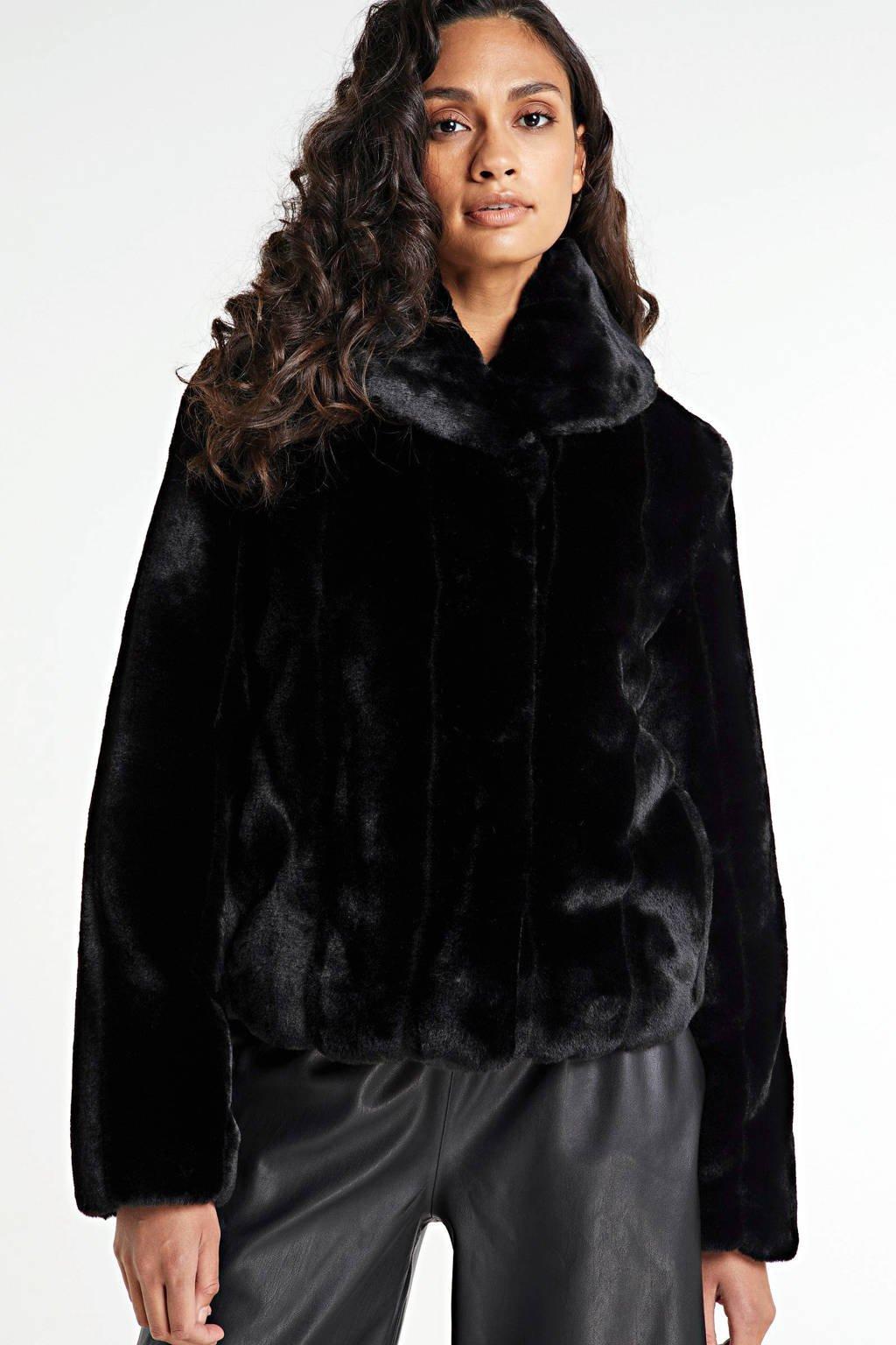 GUESS imitatiebont winterjas New Sophy zwart, Zwart