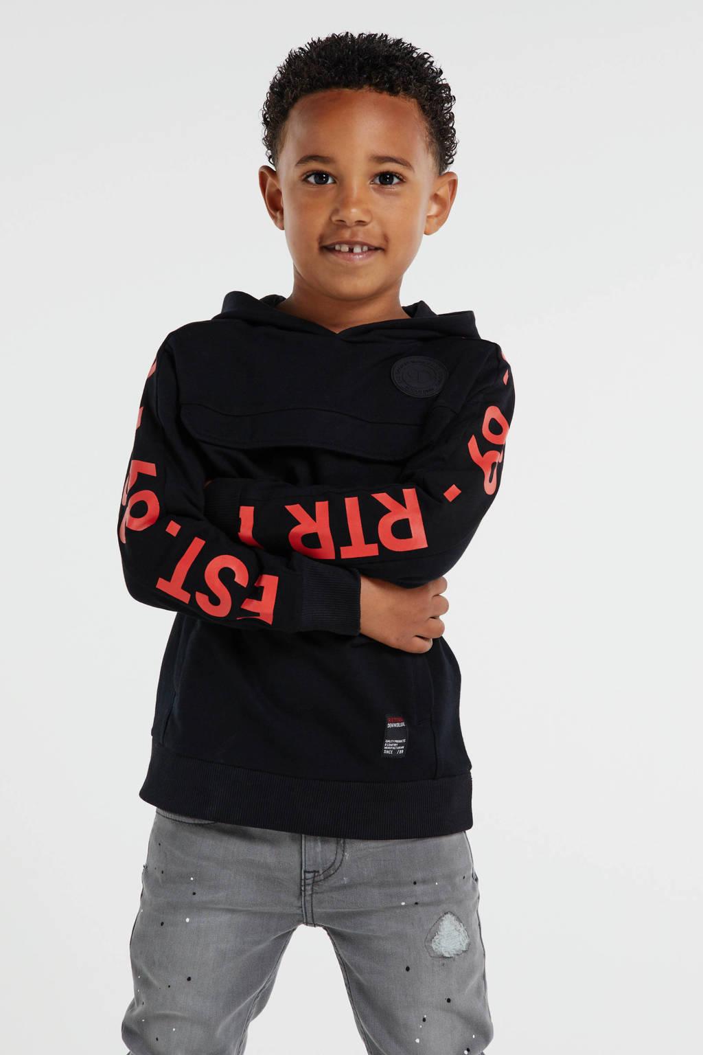 Retour Denim hoodie Goof met tekst zwart/rood, Zwart/rood