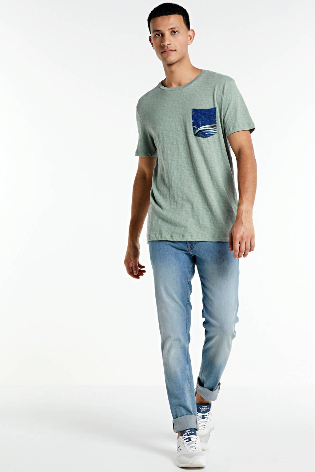 JACK & JONES ORIGINALS regular fit T-shirt van biologisch katoen lichtgroen/blauw, Lichtgroen/blauw