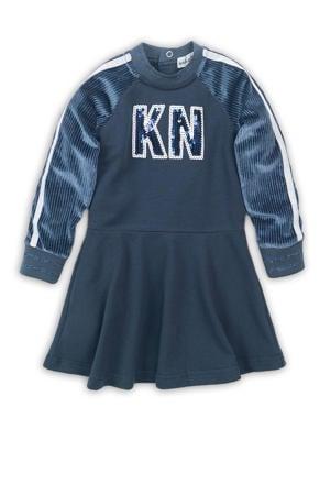 A-lijn jurk met tekst en pailletten blauw/wit