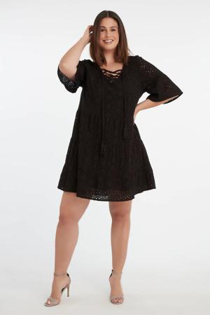 semi-transparante A-lijn jurk met vleermuismouwen zwart