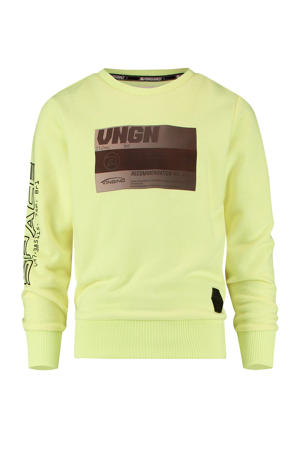 sweater Nemok met tekst geel