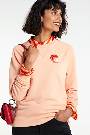 sweater met borduursels zalm