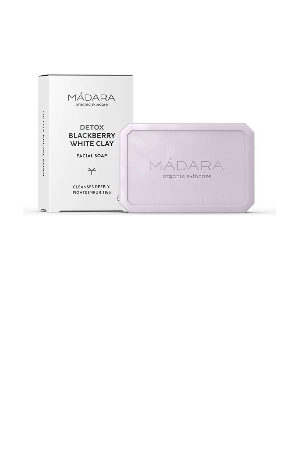 Mádara DETOX Blackberry and White Clay soap