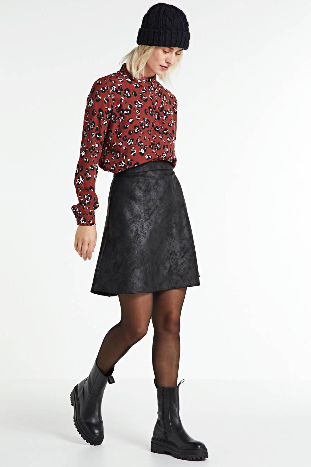 anytime blouse met panterprint brique, Brique