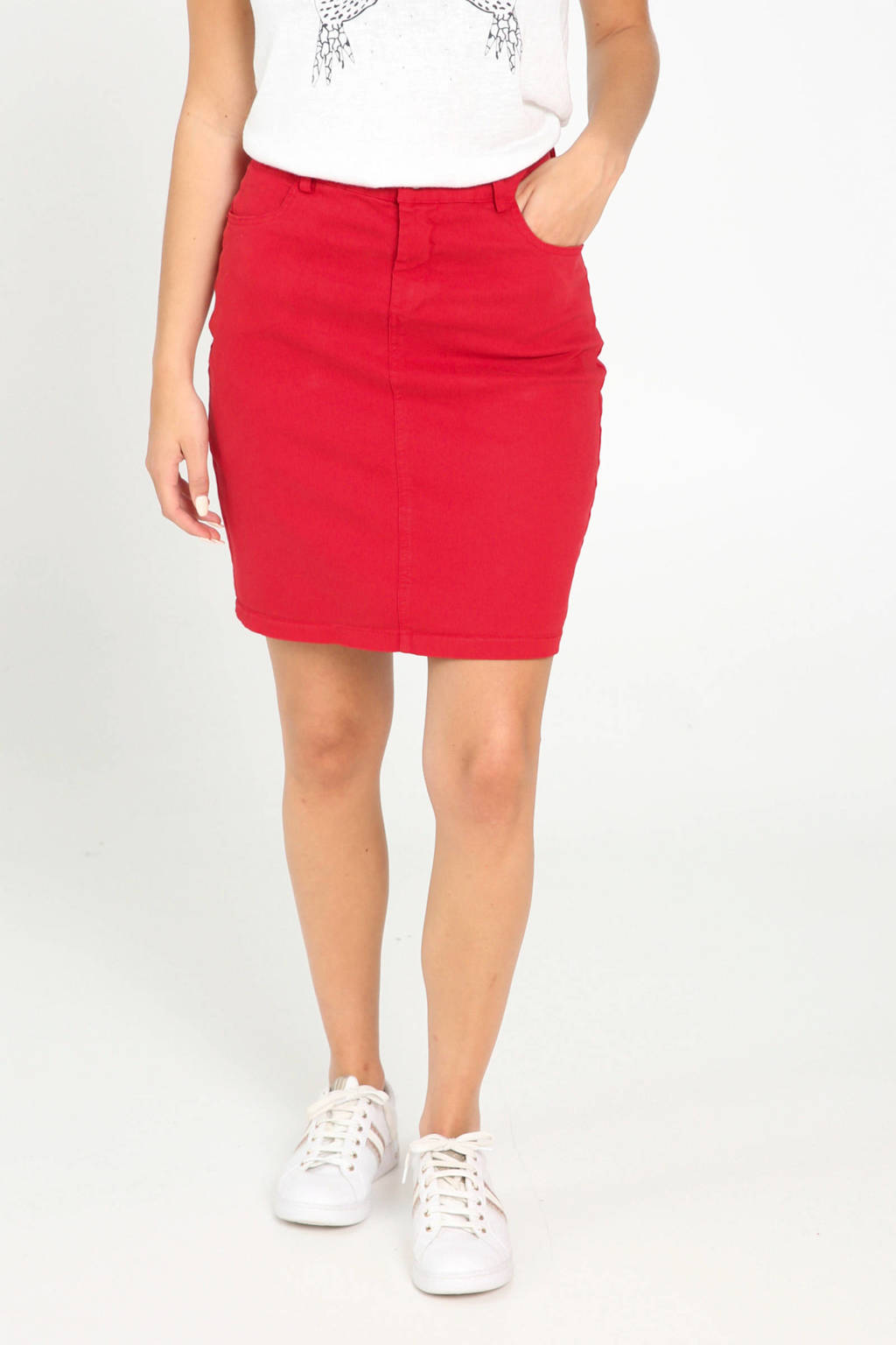 Cassis rok rood, Rood