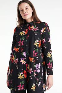 Plus Basics gebloemde blouse van travelstof zwart/rood/oranje, Zwart/rood/oranje