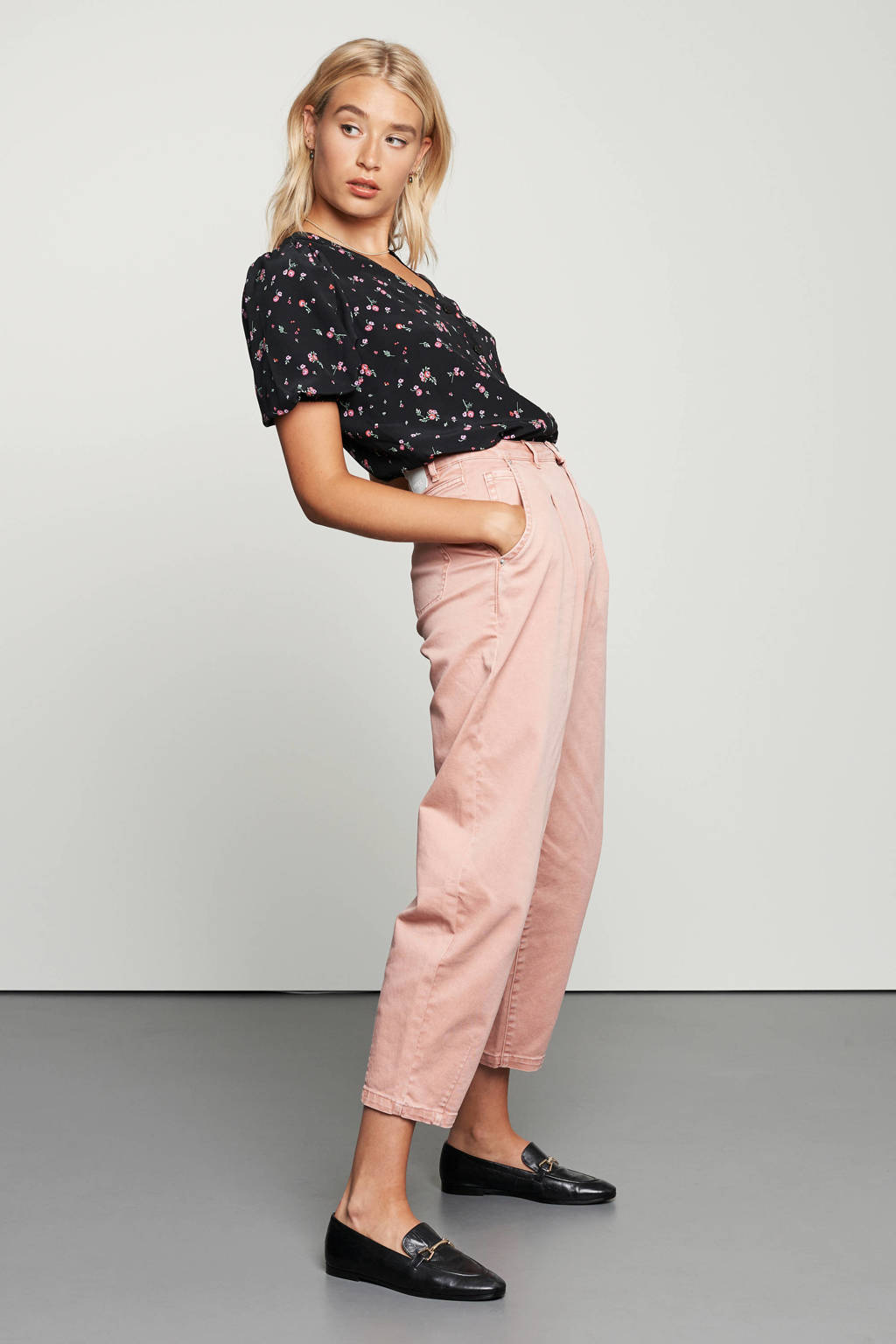 Catwalk Junkie high waist loose fit jeans Christy roze, Roze