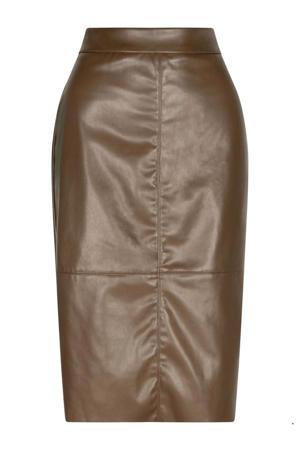 coated rok bruin