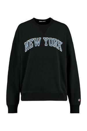 sweater Sue met tekst washed black