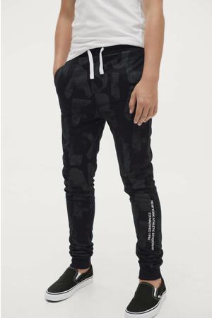 joggingbroek Julian met all over print grijs/zwart