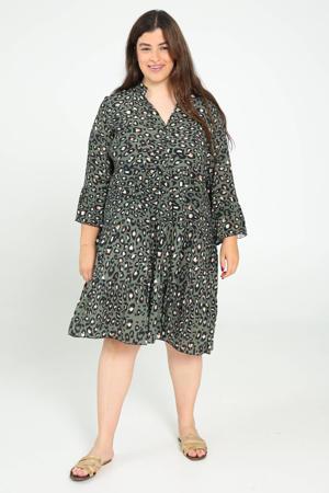 jurk met dierenprint en volant kaki