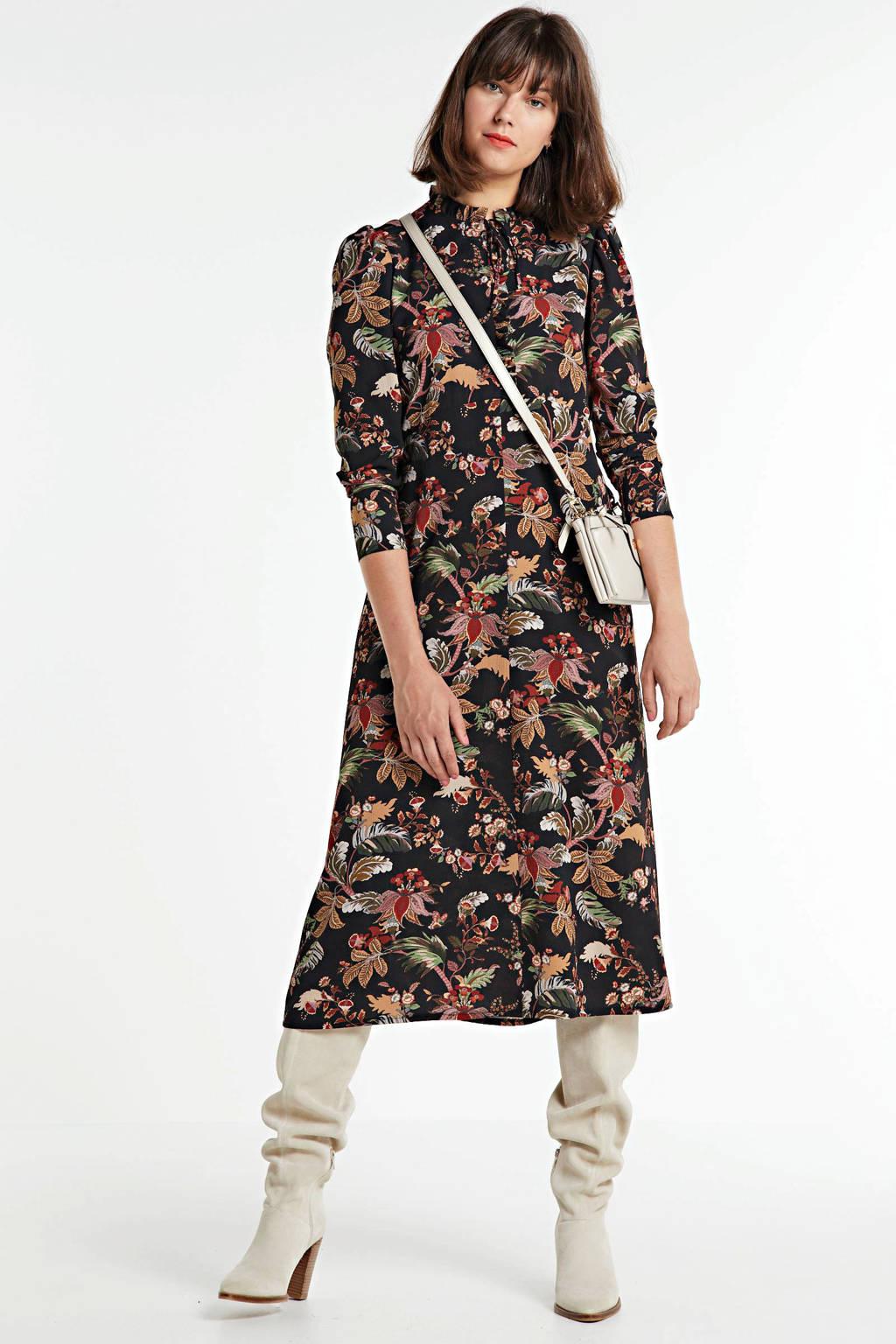 Summum Woman maxi jurk met all over print en ruches zwart/multi, Zwart/multi