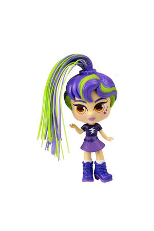 Pop Star Charli